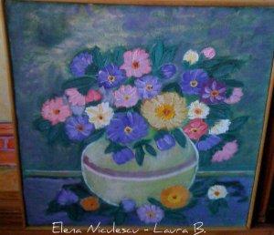 tablou flori de toamna in vaza alba